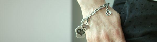 Braccialetti e portachiavi personalizzati: i nostri Charms - Petitamis